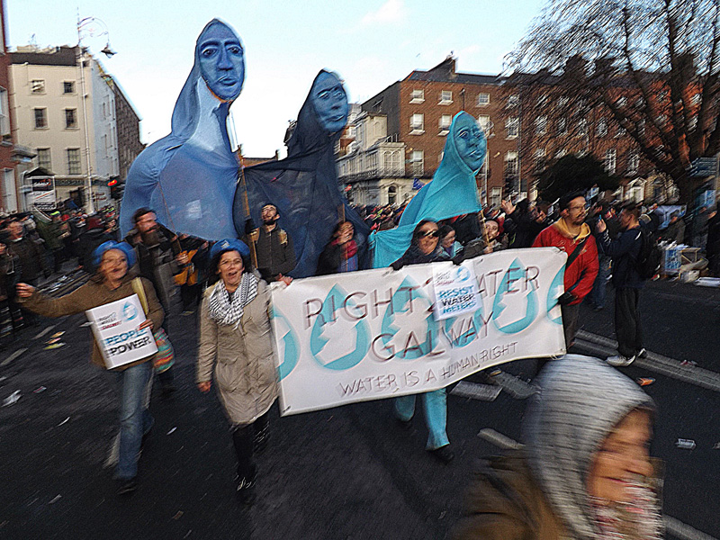 Galway protesters arriving at Merrion Square