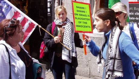 Nuria giving short shrift to a Zionist headbanger !.