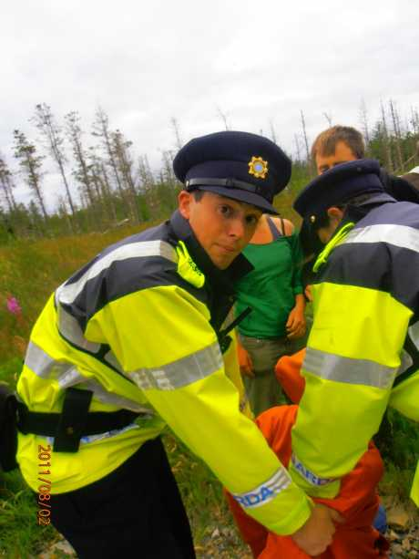 Garda Robin Patrick Hannigan arresting someone without a warning