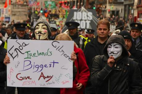 debt_march_satfeb9th_2013_photo_3_wsm.jpg