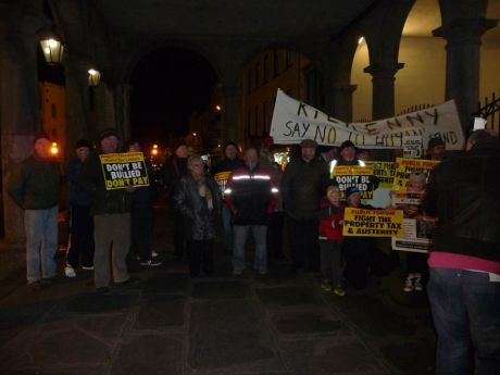 kilkenny_council_protest_cahwt_photo1_feb11th_2013.jpg