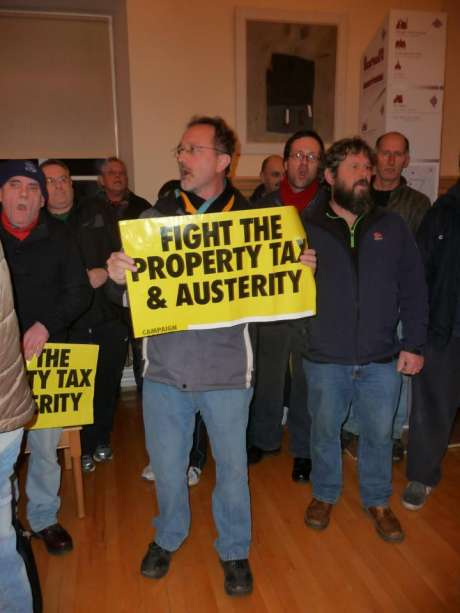 kilkenny_council_protest_cahwt_photo2_feb11th_2013.jpg