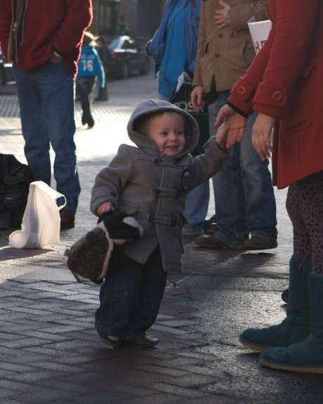 A child safe in the streets of Derry
