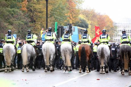 img_2019police_on_horseback_pushing_students_back_to_stephens_green_at_student_protest.jpg