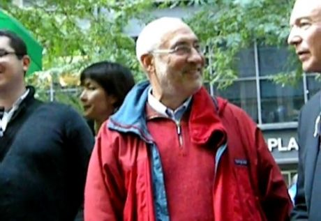 Nobel Prize winner Joe Stiglitz comes and gives support to #OCCUPYWALLSTREET